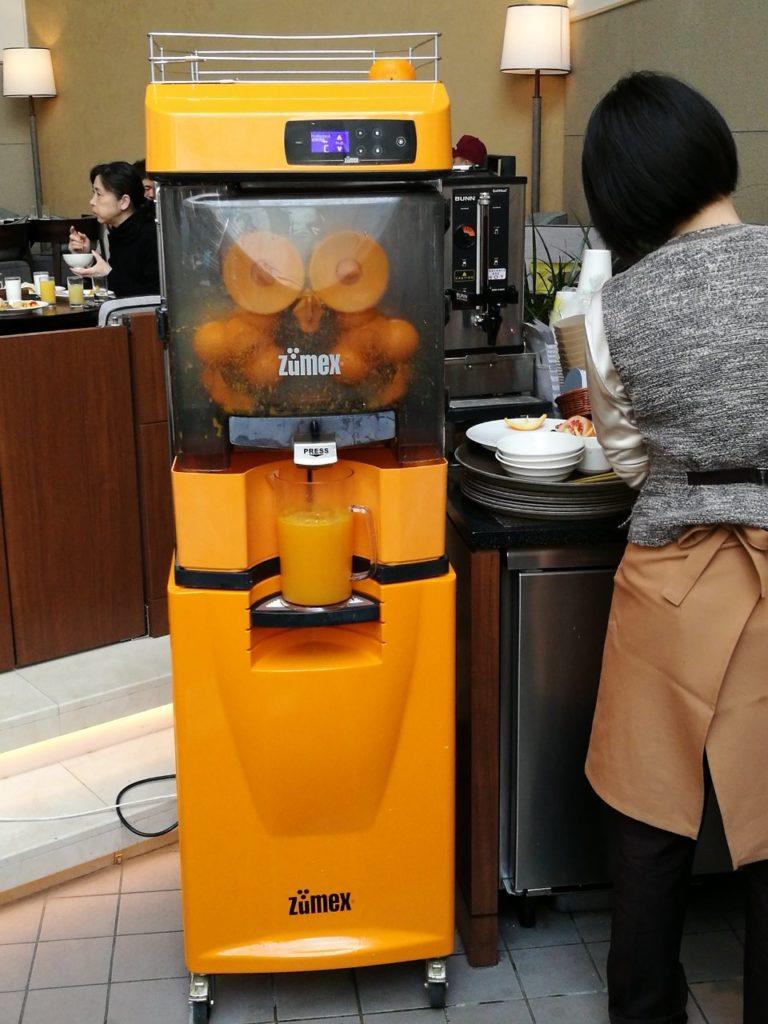 フレッシュオレンジジュース搾り機