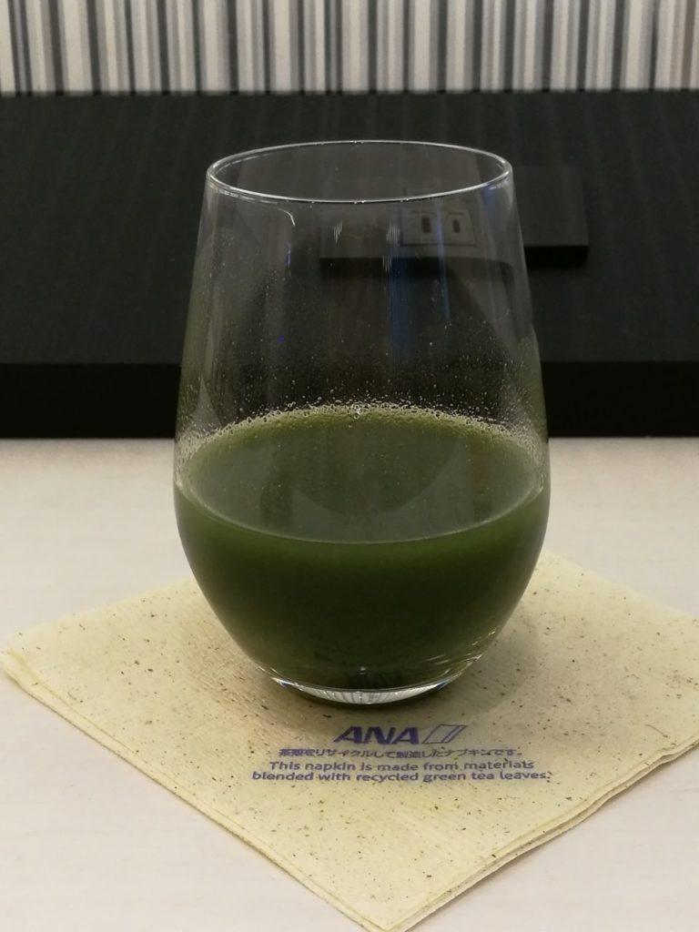 ANAラウンジ 青汁