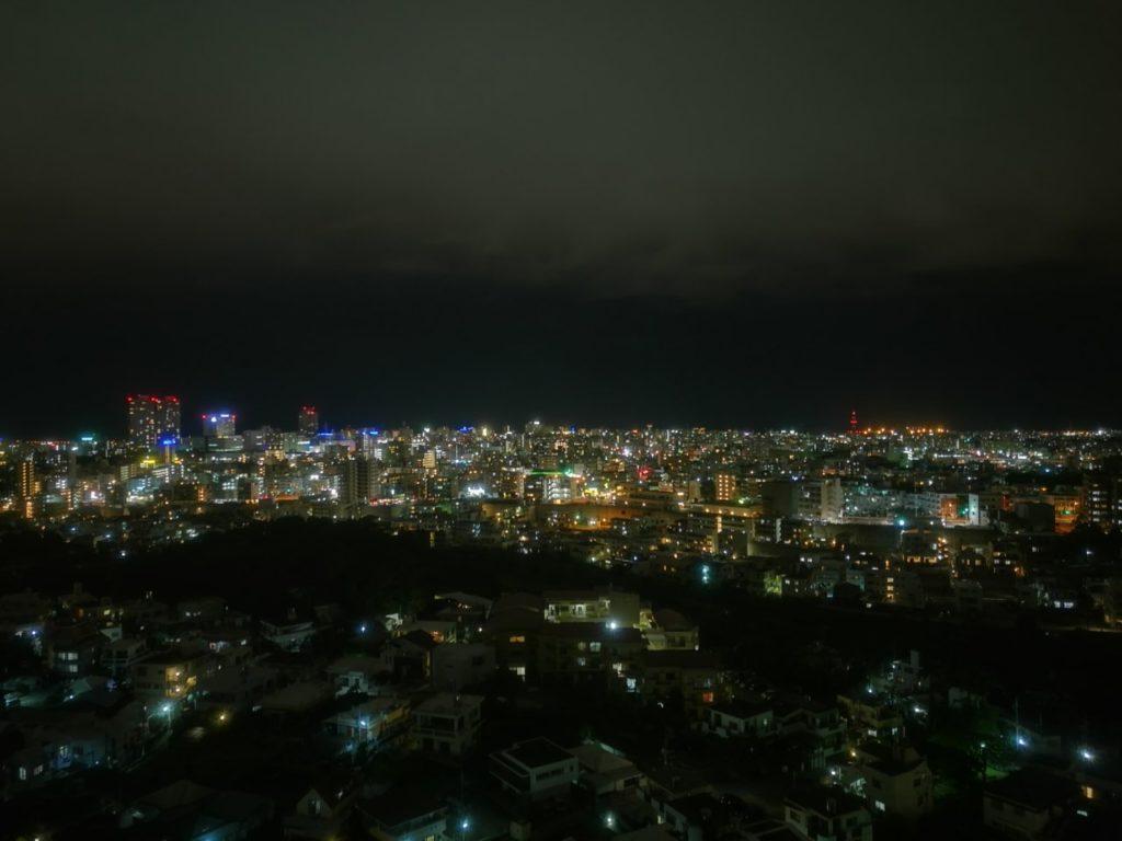 ダブルツリー那覇首里城部屋からの夜景