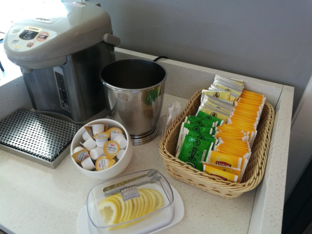 ダブルツリー那覇首里城 朝食 紅茶お茶