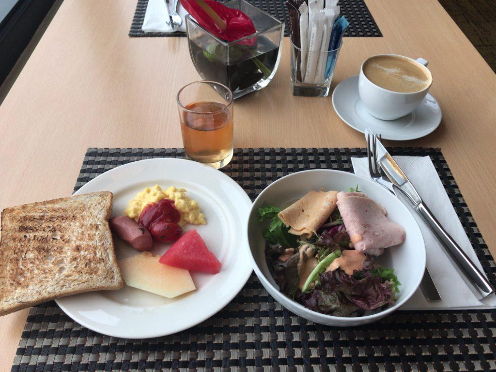 ダブルツリークアラルンプール エグゼクティブラウンジ朝食