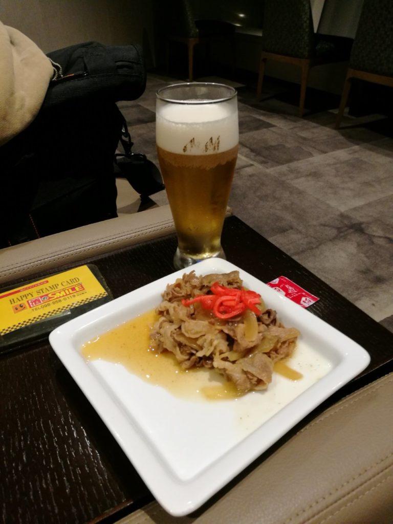 ビールと牛丼