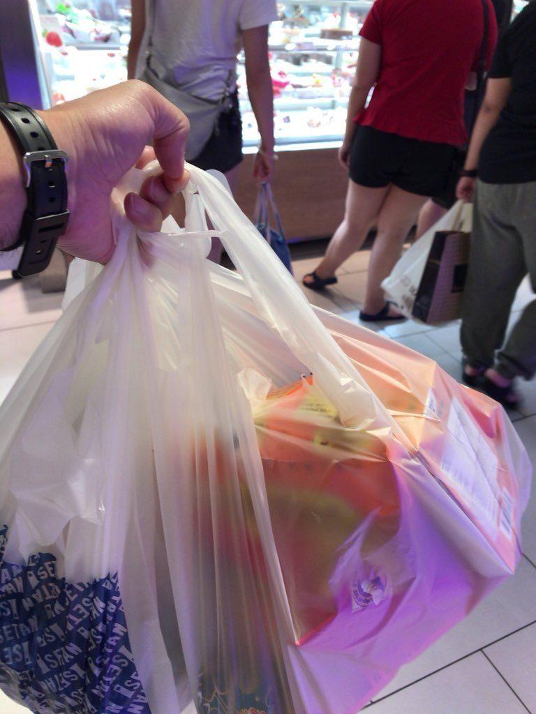 KLCC伊勢丹での買い物