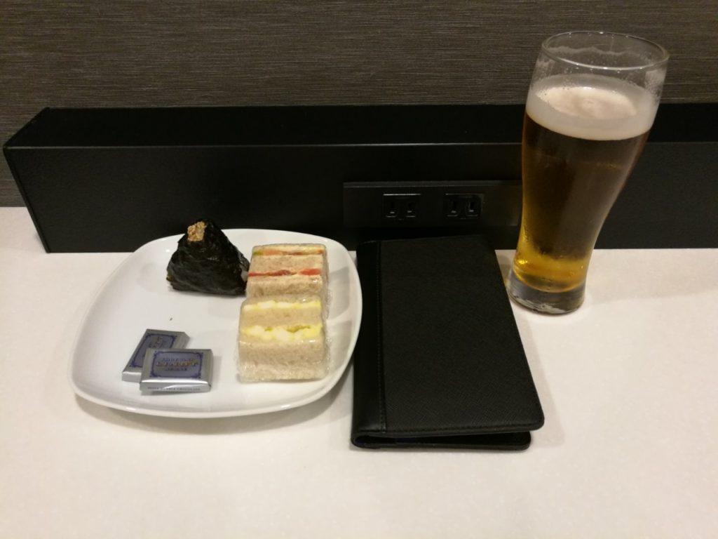 ANA成田アライバルラウンジフード12