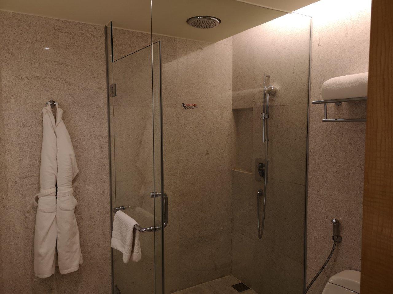 ダブルツリークアラルンプール2911号室16