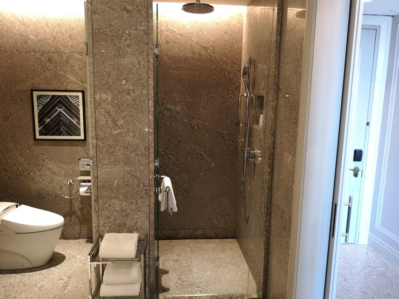 バスルーム12