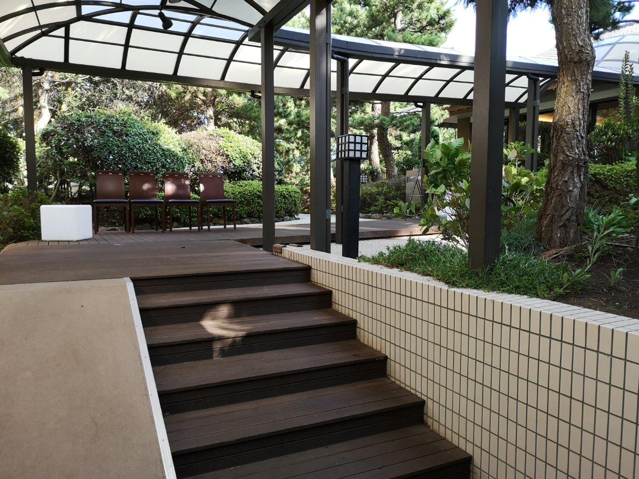 ガーデンプールアクセス11