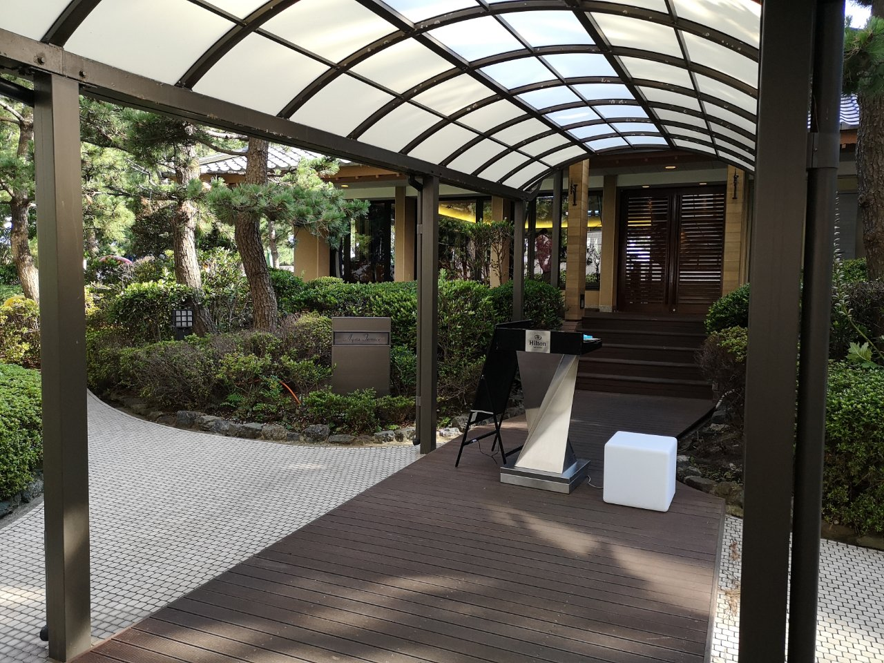 ガーデンプールアクセス12