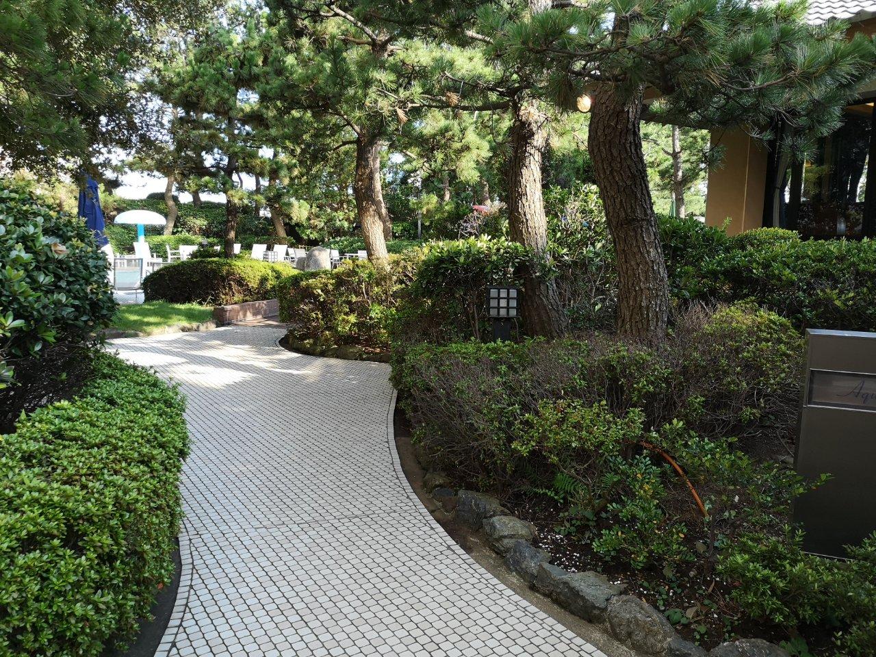 ガーデンプールアクセス13