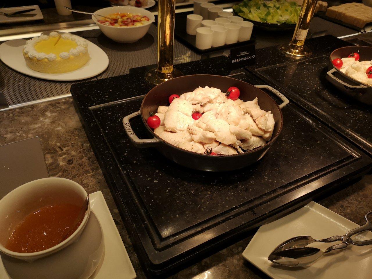 白身魚のグリルレモンソース