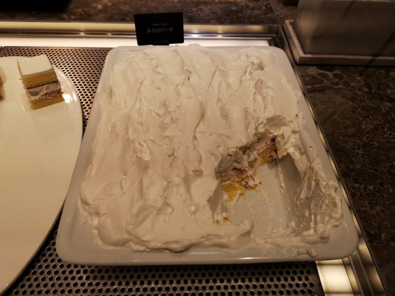 本日のケーキ入れ替わり