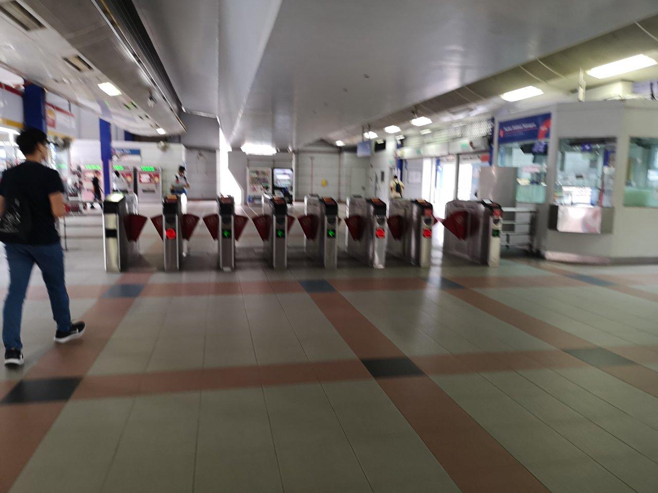 タマンジャヤ駅7