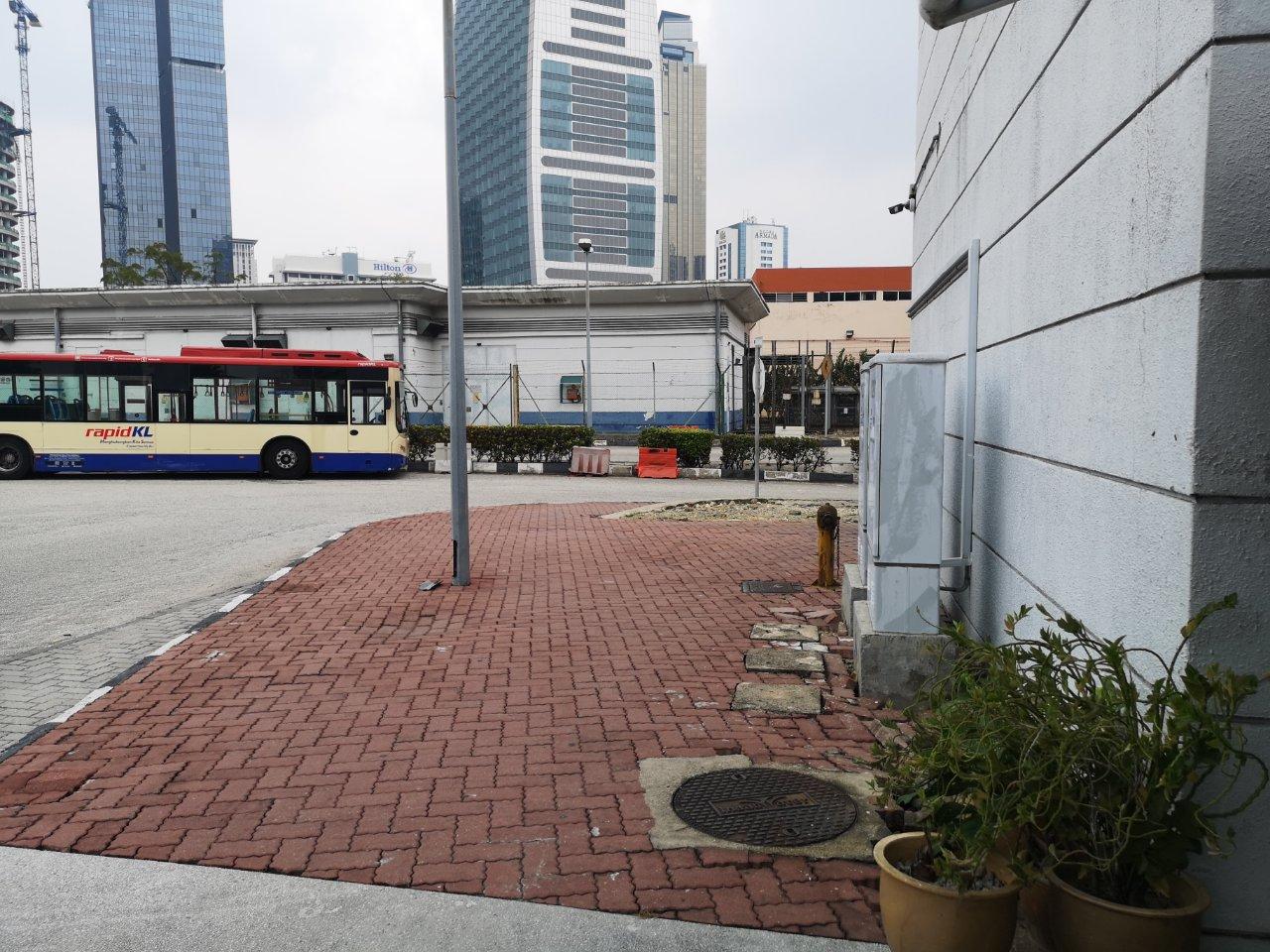 タマンジャヤ駅10