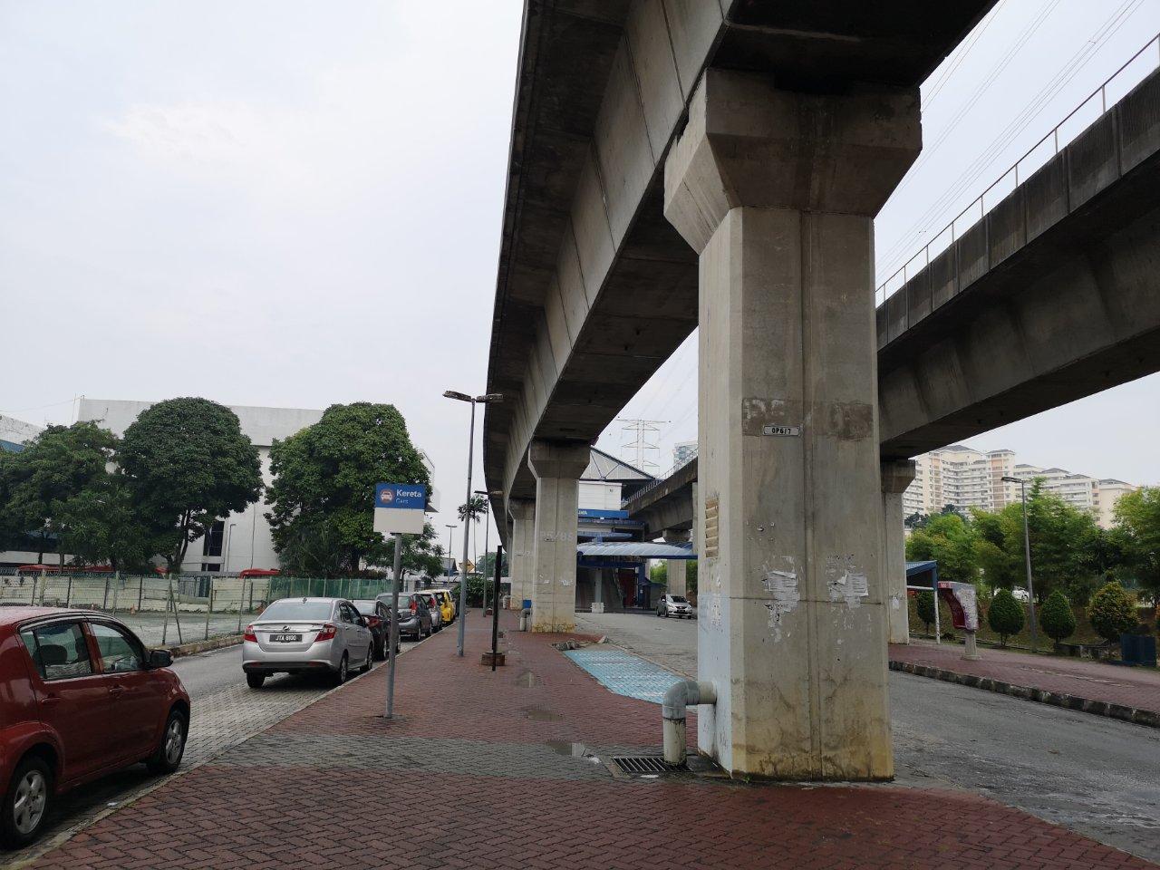 ヒルトンペタリンジャヤからアジアジャヤ駅まで18