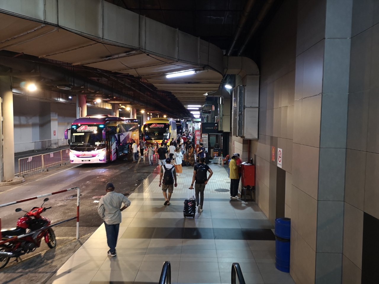 KLセントラル駅からバスでクアラルンプール国際空港にバスで移動する方法5